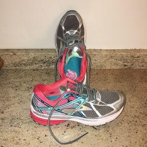 Brooks Ravenna 7 Running Shoes